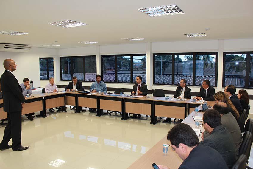 reuniao-com-a-secretaria-de-seguranca-publica-34-1512101515.jpg